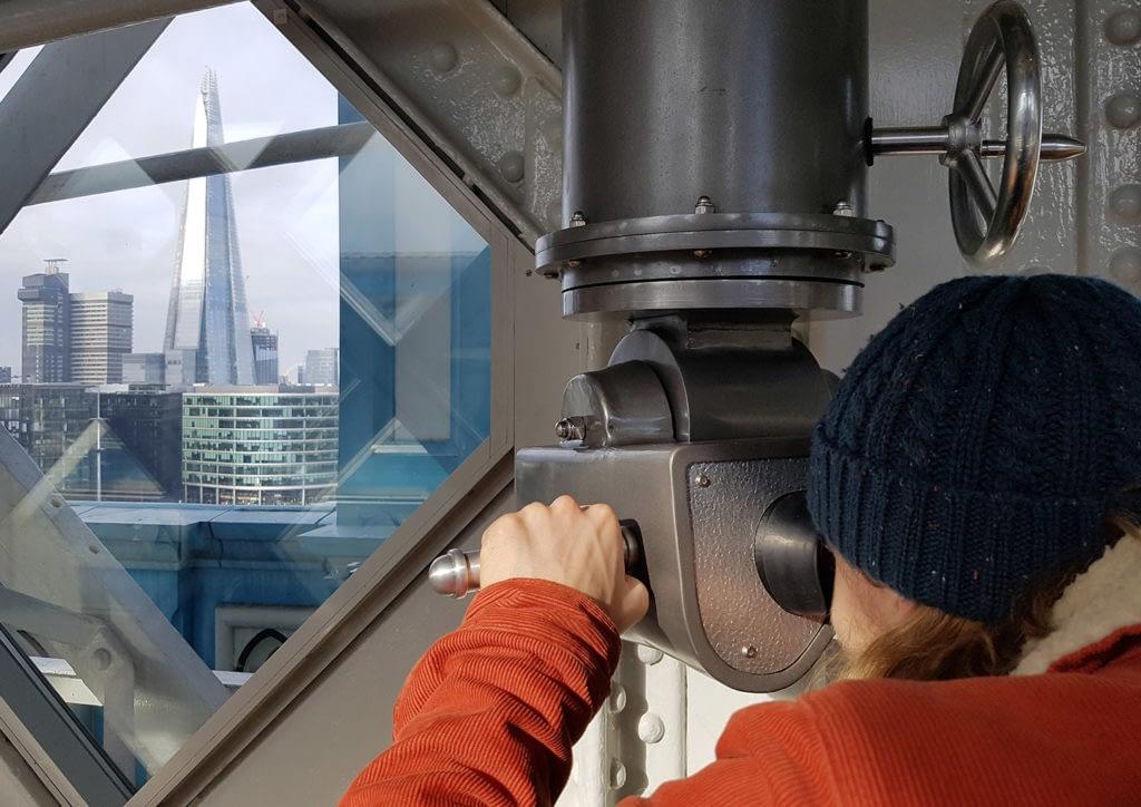 Zubr virtual binoculars at Tower Bridge in London